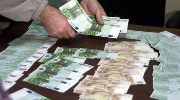 Se schimba din nou banii. Cum arata noile bancnote, puse in circulatie de astazi