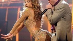 Jennifer Lopez, fotografiata in costum de baie, fara retusuri si efecte speciale. Adevarul despre corpul vedetei