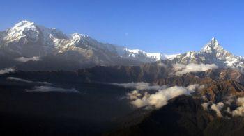 Bilantul tragediei din Himalaya: 43 de oameni au murit pana acum din cauza viscolului. Autoritatile se tem de mai multe victime