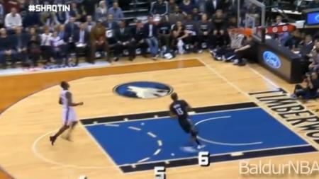 Baschet la Maxx | De cati pasi e nevoie pentru un slam dunk perfect cand  Istvan Kovacs  arbitreaza un meci in NBA? :) VIDEO