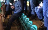 Cel mai plictisit fan din istorie! Cum a fost surprins acest suporter al lui Celtic la ultimul meci. SUPER FOTO