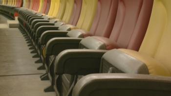 Dă Primaria avizul pentru folosirea aspiratoarelor? :) Praful de pe scaune, singura problema de pe National Arena. Cum arata stadionul cu doua zile inainte de redeschidere