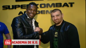 "Duminica de la 21:00 la Sport.ro | Superkombat ""Academia de KO"", cele mai tari meciuri in reluare!"