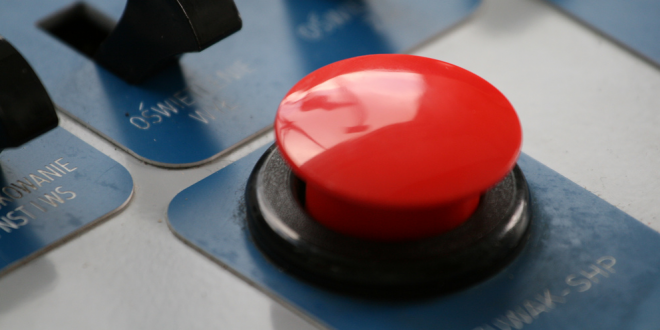 Cum arata in realitate  butonul rosu  care poate declansa un razboi nuclear