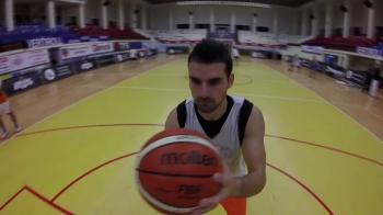 """SUPER VIDEO! O echipa de baschet din Romania a oprit antrenamentul pentru """"Provocarea Manechinului"""". Ce a iesit"""