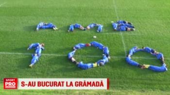 Bucurie la gramada. Rugbistii din nationala Romaniei au sarbatorit intr-un mod inedit convocarea 100 a lui Vlaicu