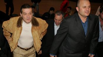 "Mititelu a publicate actele cu care vrea sa salveze Craiova si Steaua: ""Clubul Armatei a functionat ilegal"" FOTO"
