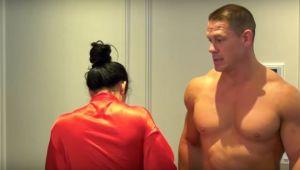 """""""Nu cred ca-i o idee buna"""" John Cena si Nikki Bella s-au dezbracat de toate hainele pe YouTube! Care e motivul"""