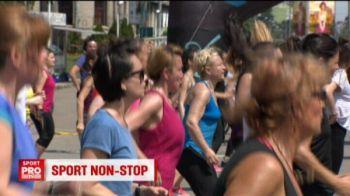 Sute de oameni au facut aerobic timp de 12 ore in parcurile din Bucuresti! VIDEO