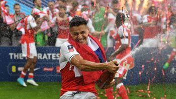 N-a semnat cu Arsenal, dar a semnat-o pe ea! :) Alexis Sanchez are o noua iubita super sexy: FOTO