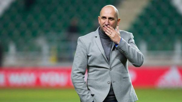 Mai rar asa cadou!  Miriuta a semnat cu Dinamo in ziua in care a implinit 49 de ani! Prima reactie