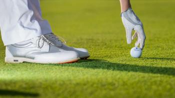 Asta va fi raiul milionarilor din Romania: resort de golf de 15 mil €, inaugurat sambata! Presedintele Iohannis e asteptat la eveniment