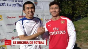 GENIAL! O echipa din KAZAHSTAN a venit sa joace fotbal intre cartierele din Bucuresti! :))